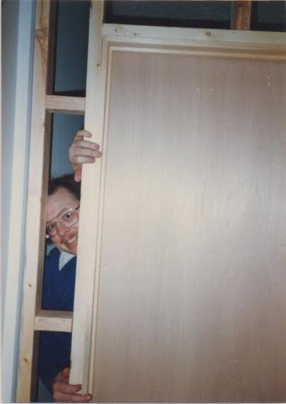 Door2Den